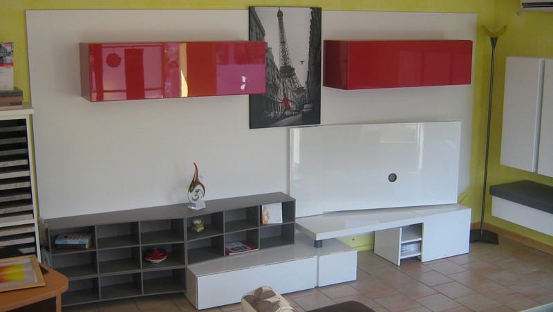 http://www.mobilibottegadarte.com/prodotti/soggiorni/32659-parete-attrezzata-soggiorno-laccato-bianco-lucido-cm337-big.jpg